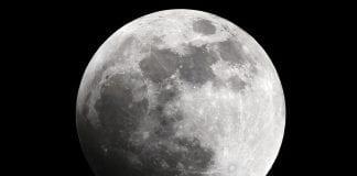 ¡Majestuoso! Así fue el último eclipse lunar del año visto en Venezuela
