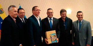Venezuela y Aruba formalizan la creación de una cámara binacional para acuerdos comerciales