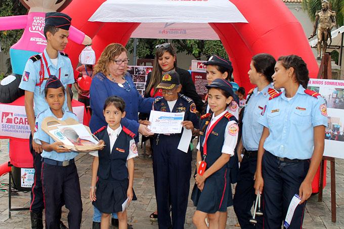 Gobernación de Carabobo reconoció labor de Bomberitos de Los Guayos