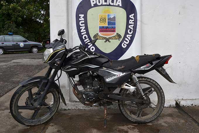 PoliGuacara encontró moto solicitada