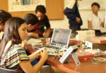 Niños y jóvenes del programa