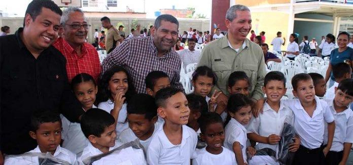 CLAP Textil beneficiará a 125 mil niños de planteles educativos carabobeños