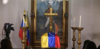 Bernardo Alvarez capilla ardiente