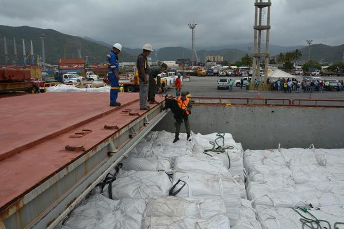 Ocho mil toneladas de fertilizante arribaron a Puerto Cabello