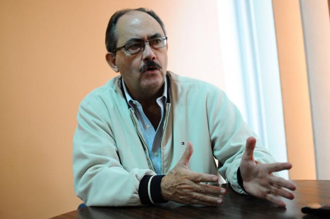 """Felipe Mujica: """"MUD no va a municipales para no medirse internamente"""""""