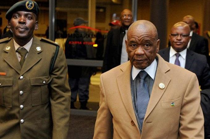ministro africano