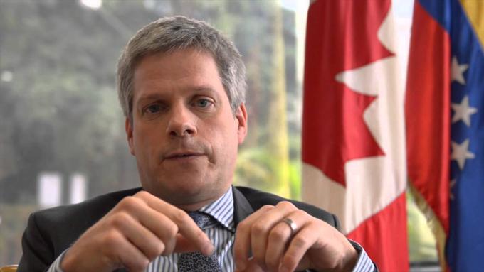 Ben Rowswell finalizó funciones como embajador de Canadá en Venezuela