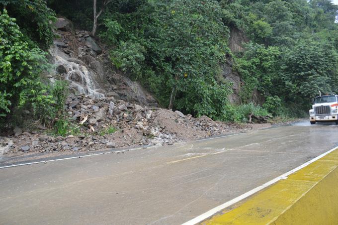Autopista Valencia-Puerto Cabello ya se encuentra despejada