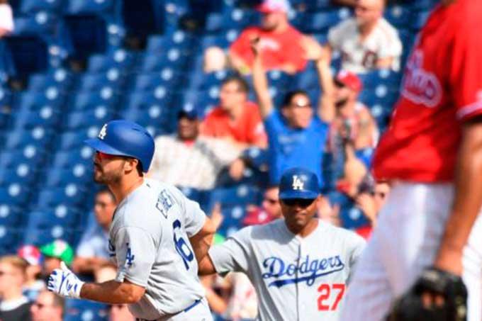 Dodgers de Los Ángeles se puso a uno de la clasificación del Oeste