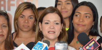 Dheliz Álvarez