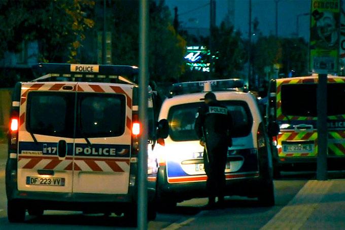 Policía-Francia-Suicidio