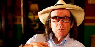 Este sábado, falleció el cineasta Diego Rísquez en Caracas a los 68 años de edad, en su larga lucha contra un tumor cerebral.