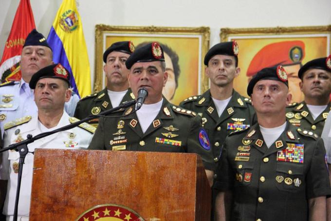 Padrino López FANB