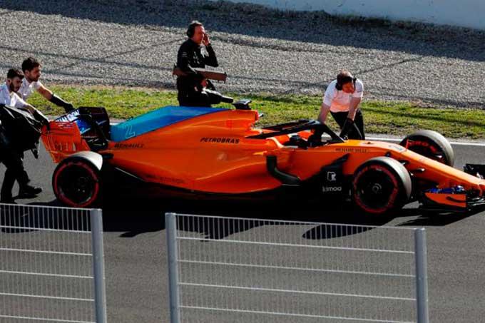 McLaren afronta problemas en la segunda semana de test de la F1