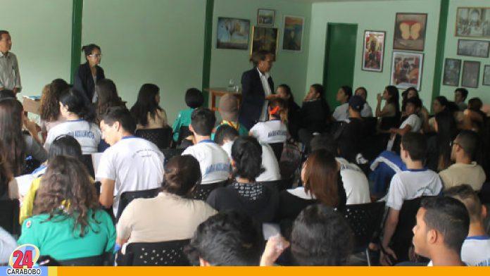 noticias24carabobo-Talleres de Insalud sobre orientación sexual son dictados en escuelas