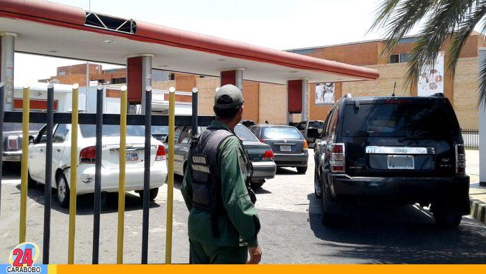 WEB-N24-Gasolineras-custodiadas-por-fuerzas-de-seguridad-venezolanas - noticias 24 carabobo