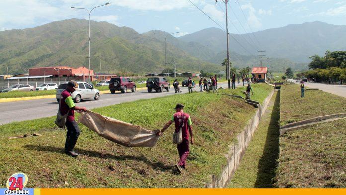 noticias24carabobo-Dracuavalancha. Gobernación de Carabobo realizó limpieza en San Diego