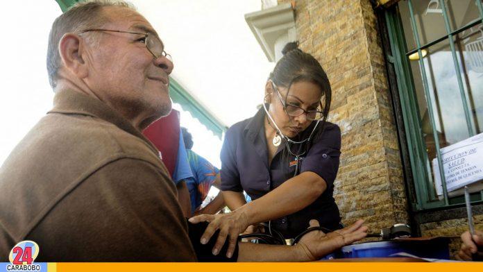 Noticias24Carabobo - Funcionarios adscritos a distintas direcciones del municipio realizaron; una jornada de salud en Naguanagua la cual benefició .....