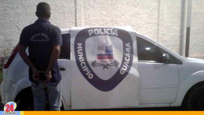 N24C - Un sujeto; el cual conducía un carro robado fue aprehendido por los funcionarios de la Policía Municipal ...........