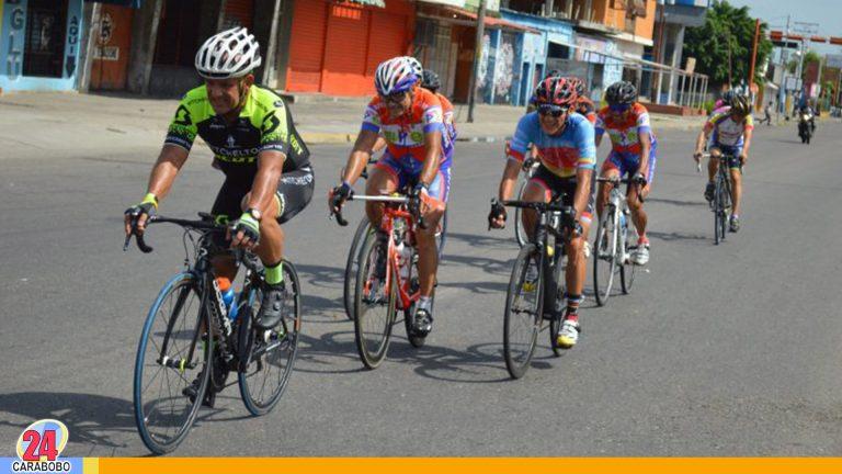 Ciclistas aficionados piden a los chóferes solo metro y medio