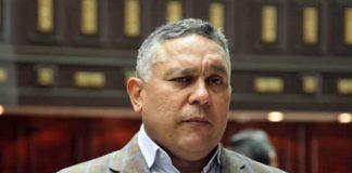 Pedro Carreño amenazó