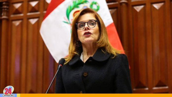 Mercedes Aráoz renunció a vicepresidencia