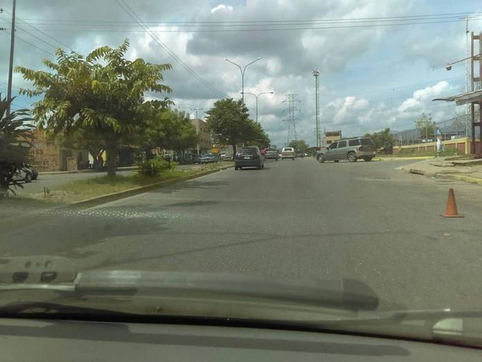 Avenida Sesquicentenario - Avenida Sesquicentenario