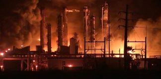 Explosión de planta química en Texas dejó al menos tres heridos