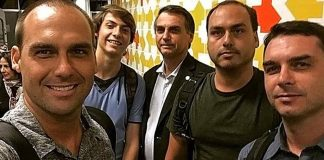 hijo de Jair Bolsonaro - hijo de Jair Bolsonaro