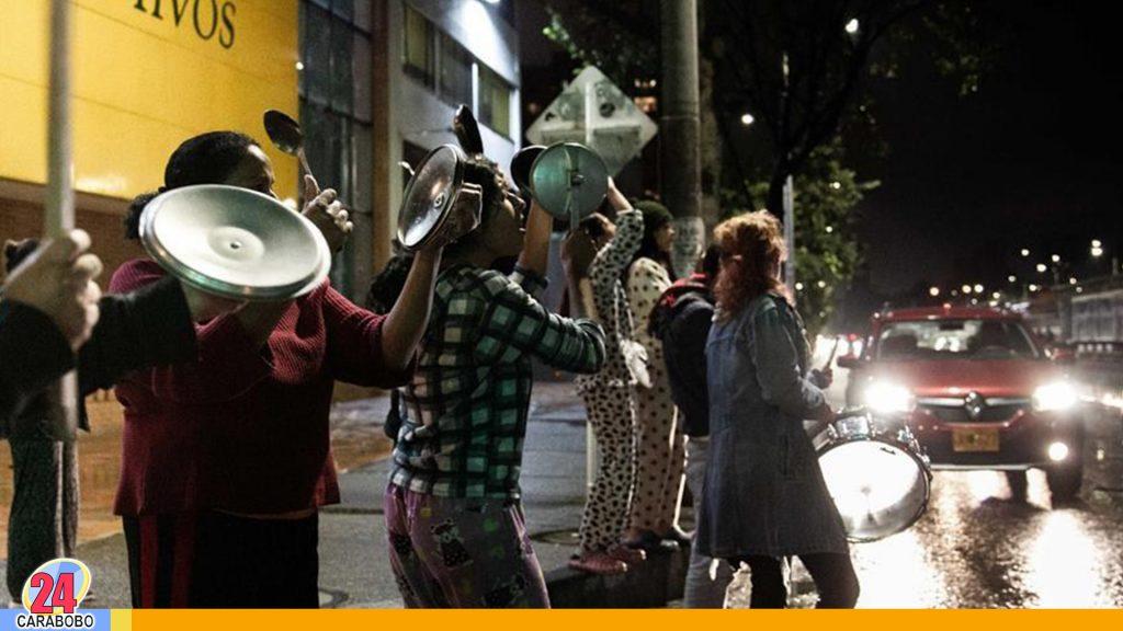 Protestas en Colombia cerró con cacerolazos, saqueos y actos vandálicos
