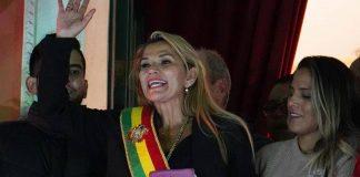 Presidenta Jeanine Áñez podría convocar a elecciones en Bolivia