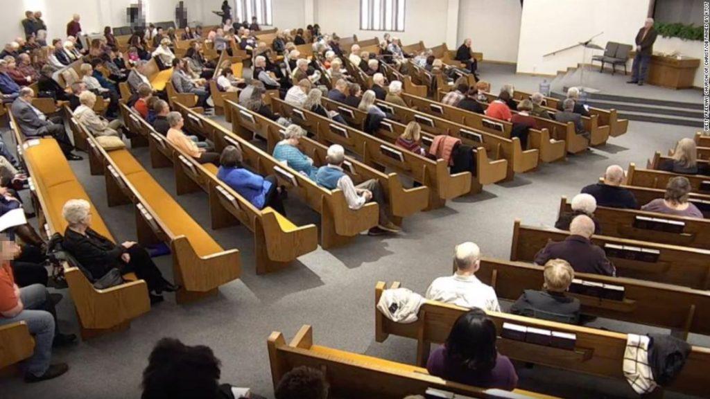 Tiroteo en iglesia de Texas dejó al menos dos muertos