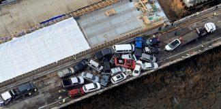 Choque múltiple en Virginia de 60 vehículos dejó varios heridos