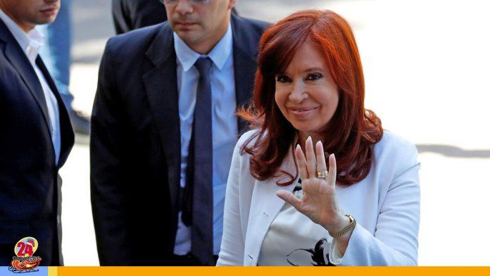 Cristina Fernández declara ante tribunal por presunta corrupción