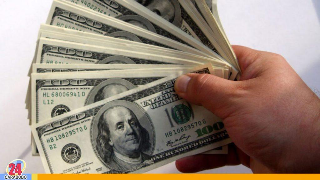 Dólar paralelo superó los 55.000 bolívares en vísperas de Año Nuevo