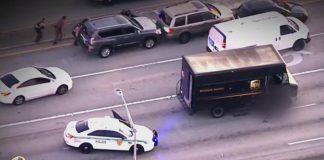 Tiroteo Florida dejó cuatro muertos tras robo de joyería