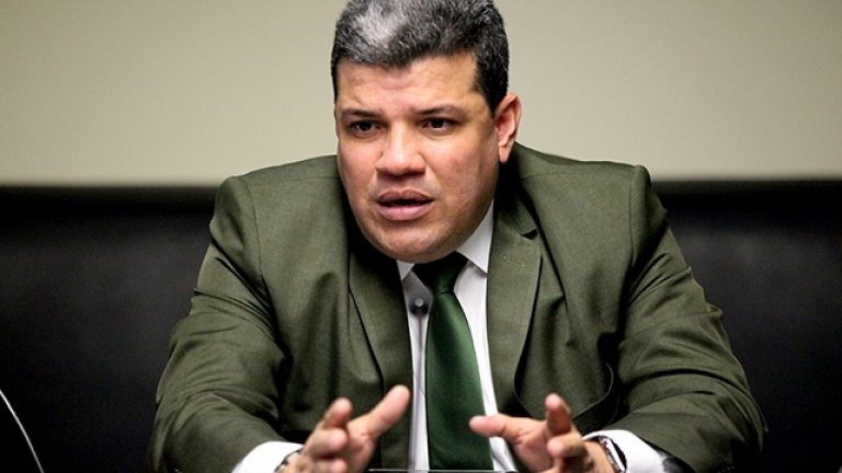 Diputado Luis Parra es nombrado como nuevo presidente de la AN