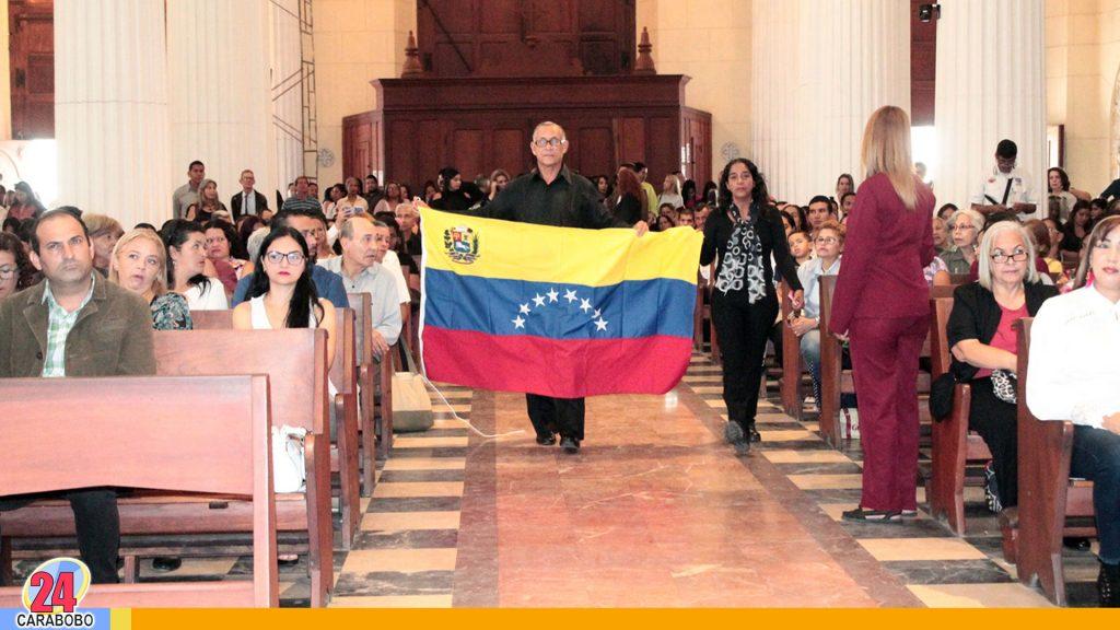 Docentes Carabobeños celebraron misa conmemorativa
