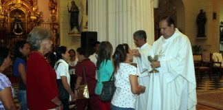 Docentes carabobeños celebraron misa conmemorativa en su día