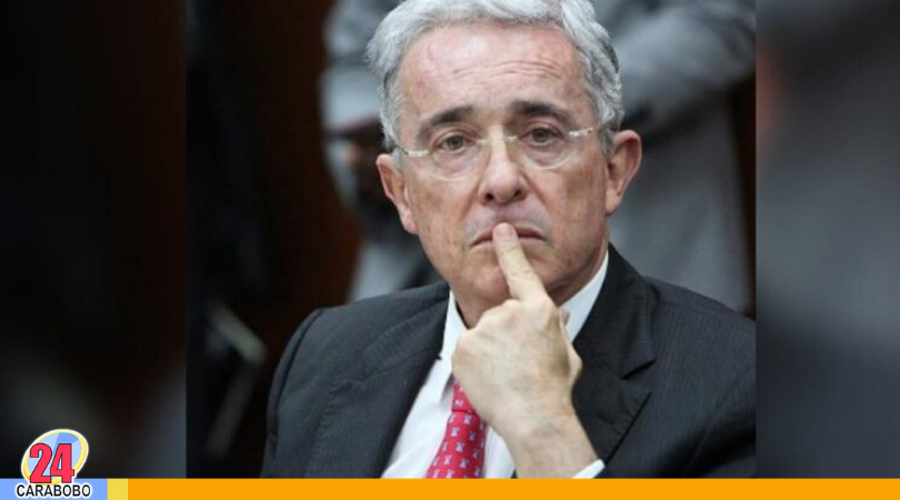 Álvaro Uribe y El Chapo - Álvaro Uribe y El Chapo