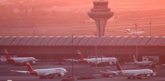 Avión de Air Canadá aterrizó de emergencia en aeropuerto de Barajas