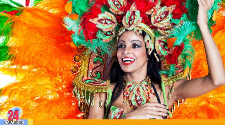 Carnaval de Río 2020 va, pese al peligro del coronavirus