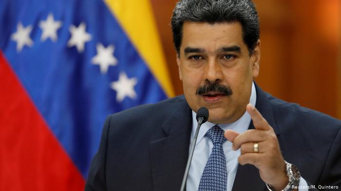 ¡Largo Carnaval! Maduro dio el viernes día no laborable