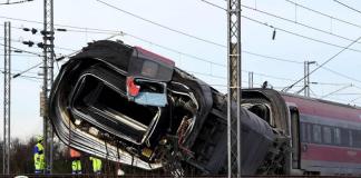 Descarrilamiento de tren en Italia dejó dos muertos y 27 heridos