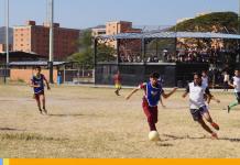 Jóvenes de Naguanagua celebraron su día con actividades deportivas