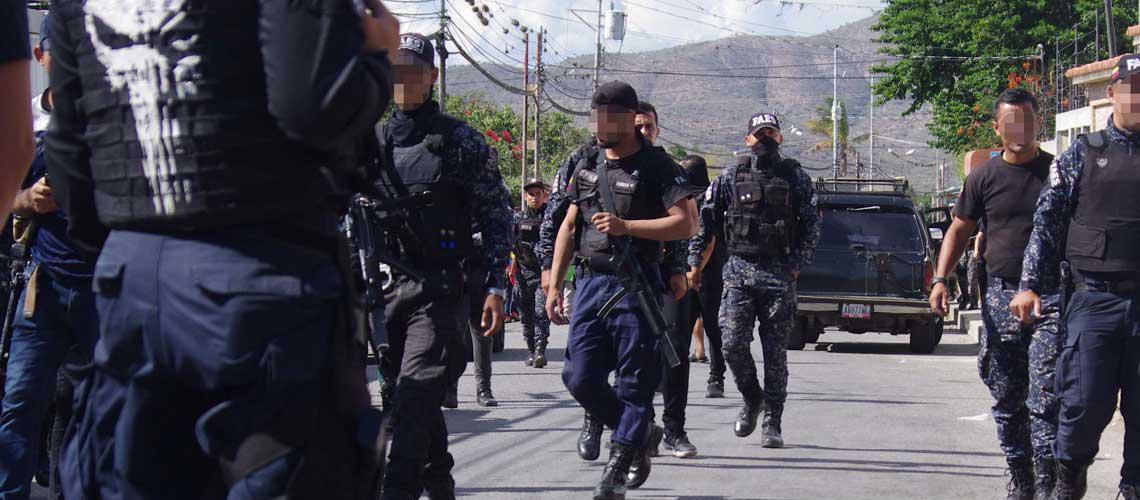 Dos PNB asesinados en Coche - Dos PNB asesinados en Coche