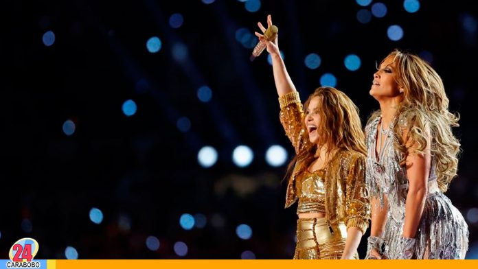 Demandan a Shakira y Jennifer López por su presentación en Super Bowl