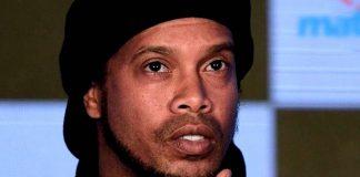 Pasaporte falso de Ronaldinho - Pasaporte falso de Ronaldinho