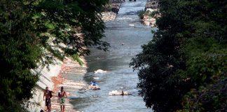 Río Guaire se vuelve - Río Guaire se vuelve