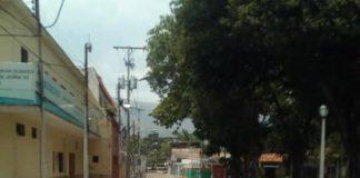 Bote de aguas negras en Naguanagua - Bote de aguas negras en Naguanagua